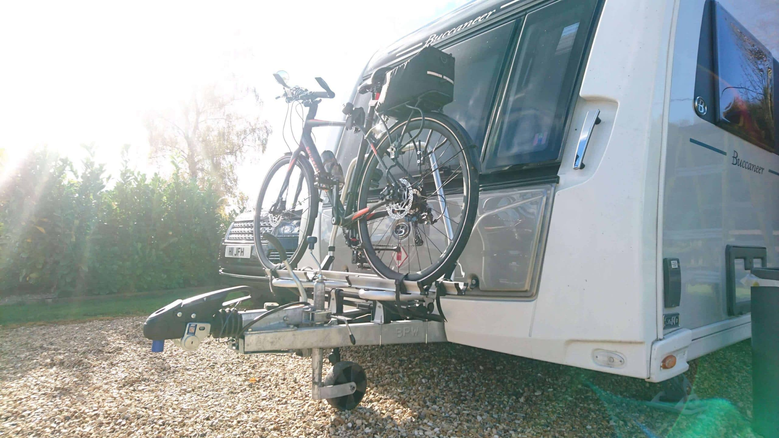 thule superb caravan